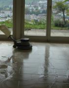 Neteja profunda per a revestiments de pedra natural i artificial
